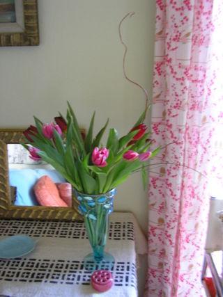 6 tulips