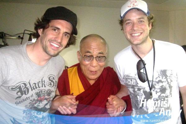 Dalai-Lama-Hamish-Andy-2-600x400
