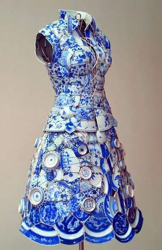 Beijing-Memory-Porcelain-Constructed-Clothing