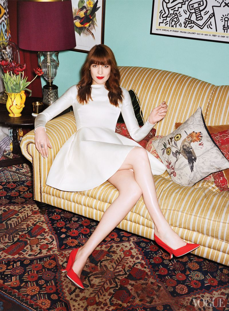 Florence-welch-house-flo on sofa