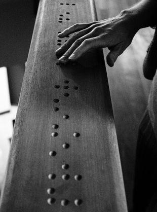 310px-DSC_4050-MR-Braille