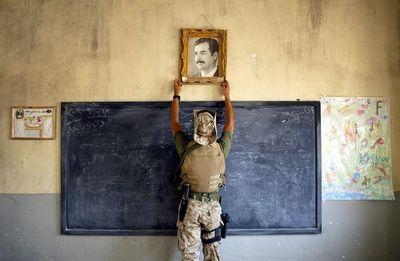 31263-1398204716-Iraq Classroom_paddle8-xl