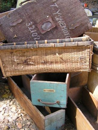 Vintage_suitcase_from_yokohama